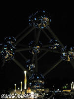 Atomium in the night
